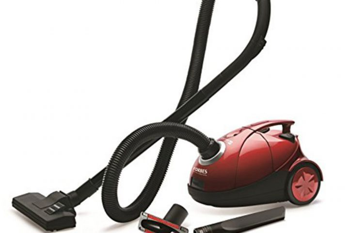 Various types of vacuum cleaners for cleaning: