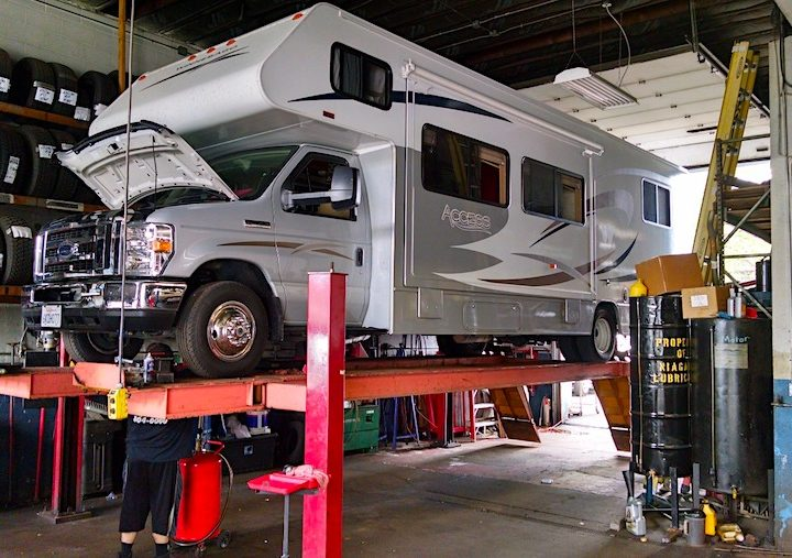 Five RV Maintenance Tips that Your RV Repairman Will Approve of