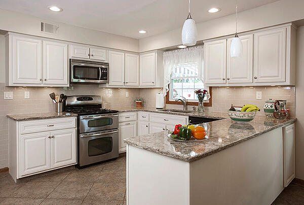 How to Choose Timeless Kitchen Cabinets