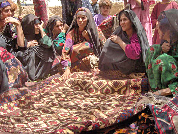 What is Afghan rug and famous types of Afghan Rugs?